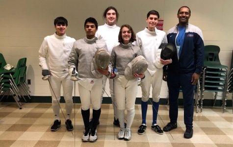 En garde! Fencing Club fights for recognition