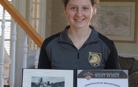 'We salute you': Graduating seniors pursue military service