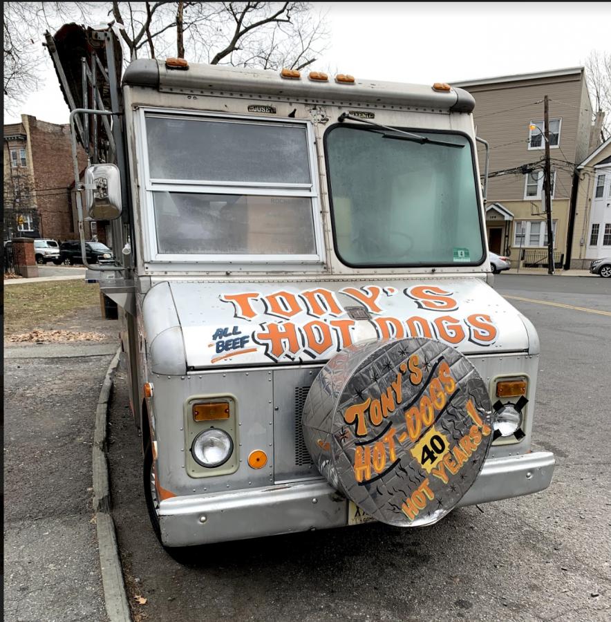 Tony%27s+hot+dog+truck+